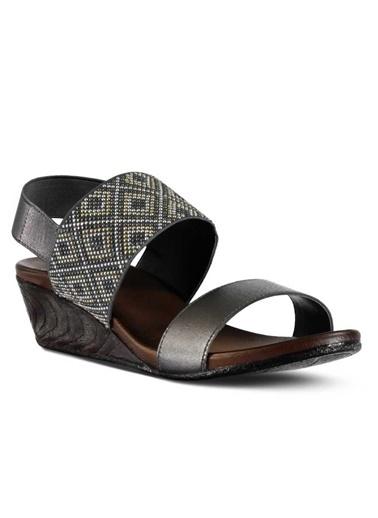Marjin Dolgu Topuk Sandalet Gümüş